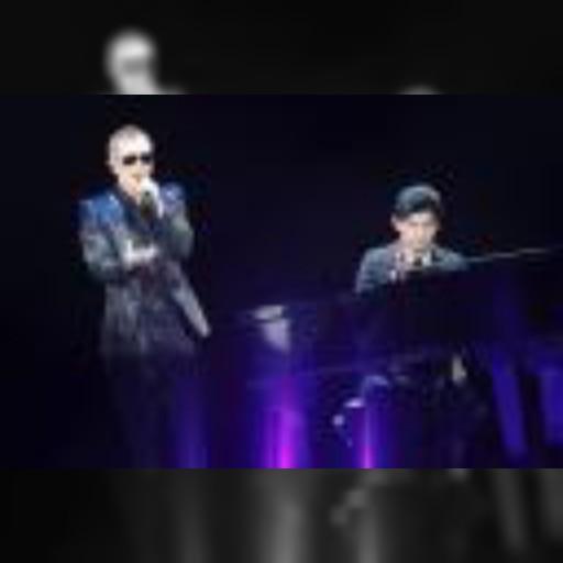 台湾出身の人気歌手ジェイ・チョウ(右)と共演したEXILEのATSUSHI