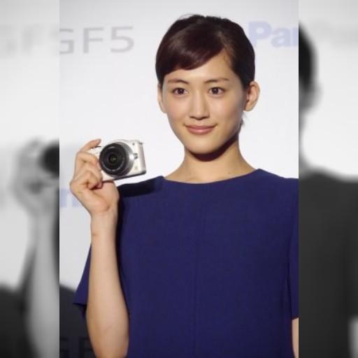 綾瀬はるか、台湾で写真家デビュー宣言!? おいしい料理撮りまくり