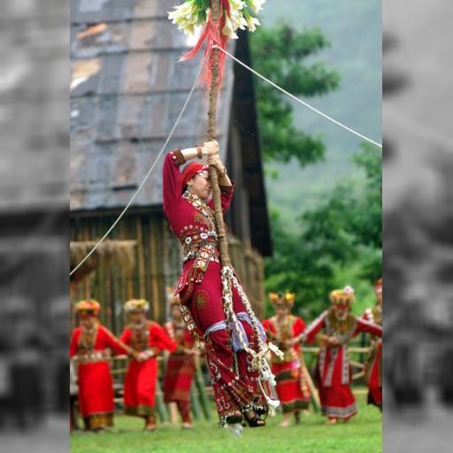 先住民の豊年祭、夏休みの選択に