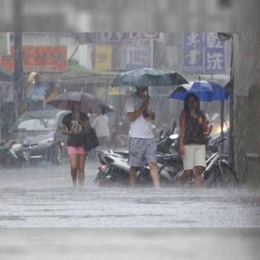 台湾北・中部、台風12号の暴風域に 台湾全域で豪雨の恐れ | 観光 | 中央社フォーカス台湾