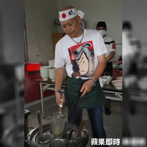 感恩台人助尋妻 日籍夫煮拉麵謝恩 | 即時新聞 | 20150629 | 蘋果日報