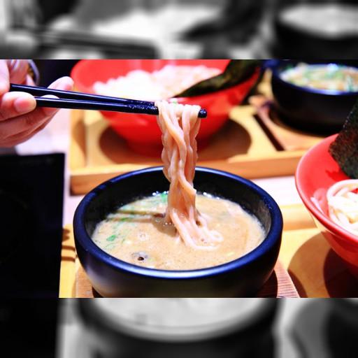 來自名古屋的沾麵 獨家「極太麵」沾豬骨特熬醬汁