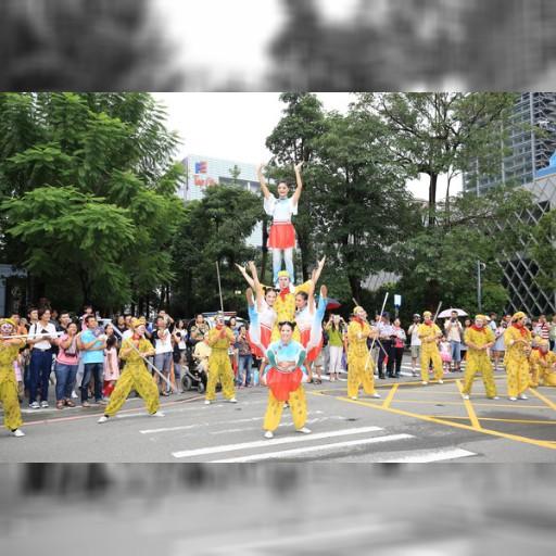 不畏風雨 日本3地表演團體「台中國際踩舞祭」踩街熱舞 | ETtoday 東森新聞雲