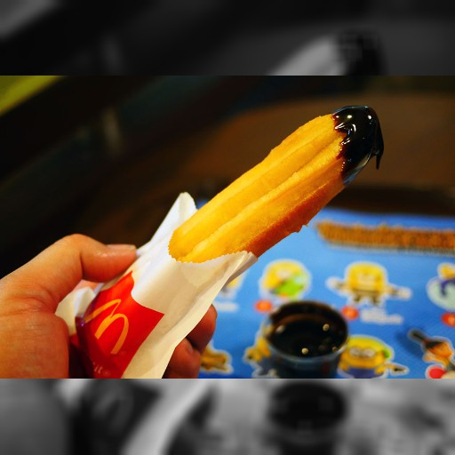 マクドナルドが台湾の伝統的パン「油条」の販売を開始 / チョコソースやプレーンで食べる